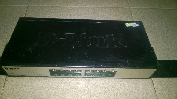 SWITCH D-LINK DES-1016D - 16 PORTS 10/100