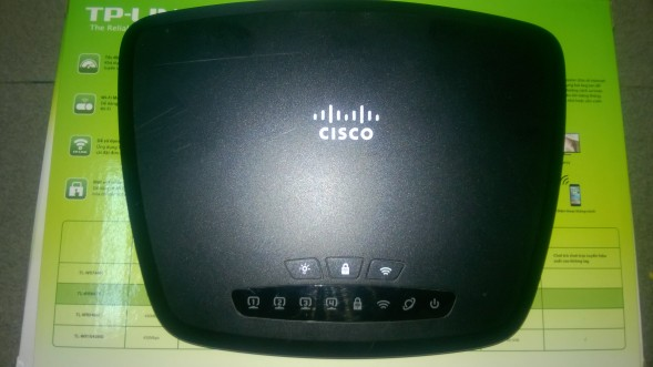 Router Cisco CVR100W